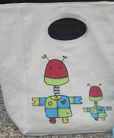 Fluf Organic Cotton Lunch Bag _ Robots Pattern