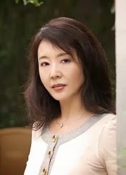 Geling Yan - Autora