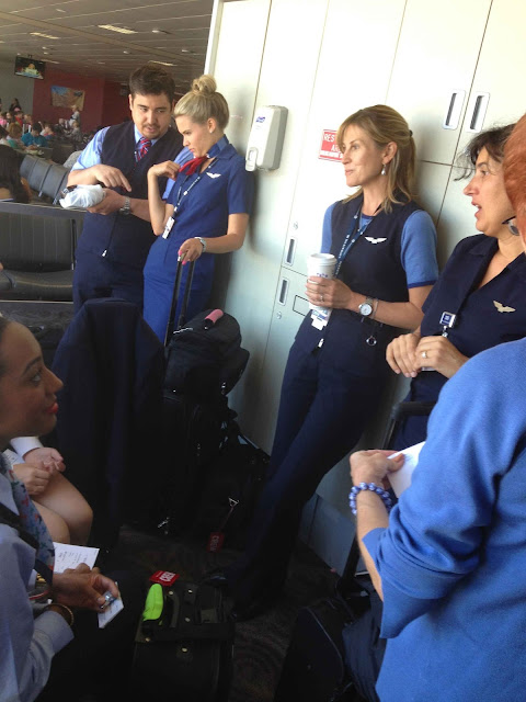 blog, airline, aviation, avgeek, cockpit, airbus, a320, flight deck, cap'n, capn, aux, novel