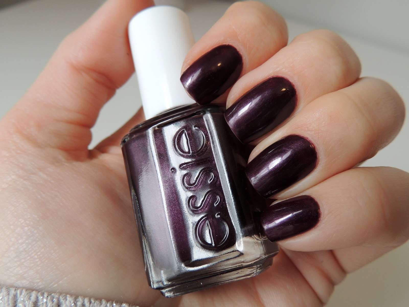 Possession Obsession: Essie: Damsel in a Dress