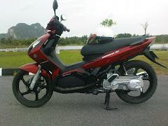 motor aku ~ hee :)