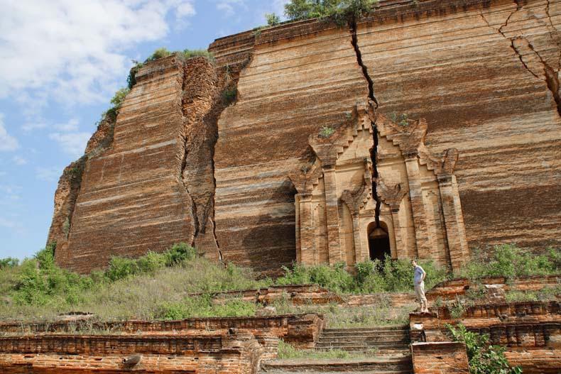 La pagoda Mingun y la segunda campana más grande del mundo
