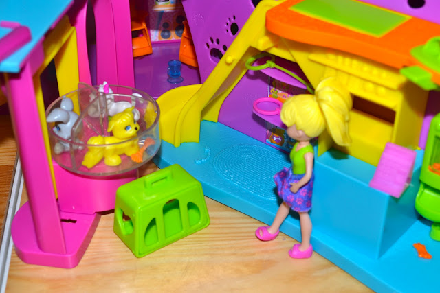Polly Pocket Mom Central