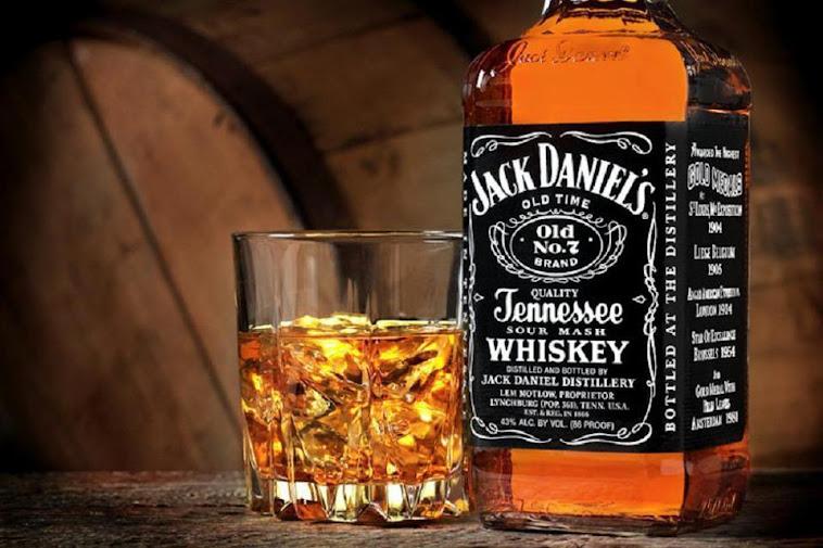 Yalnızlık kötü getirin bana içkimi.