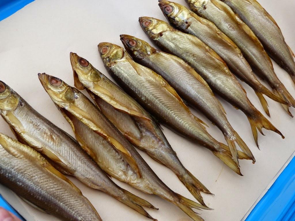 wędzona sielawa, wędzone ryby, domowa wędzarnia