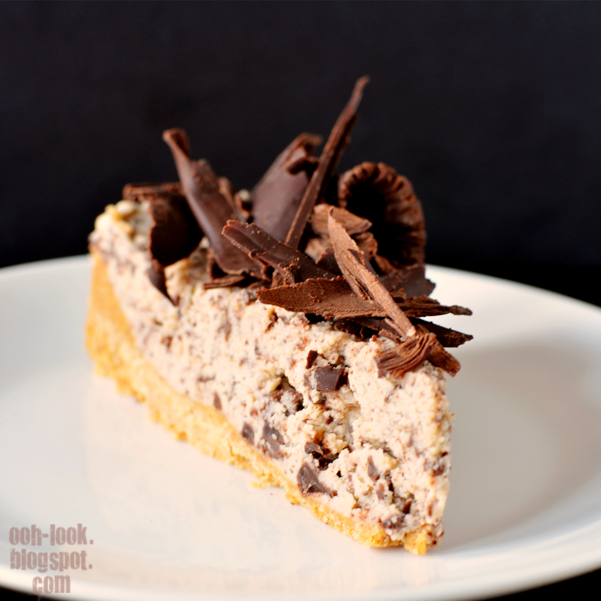 Even though i used low fat ricotta this is still a rich cheesecake