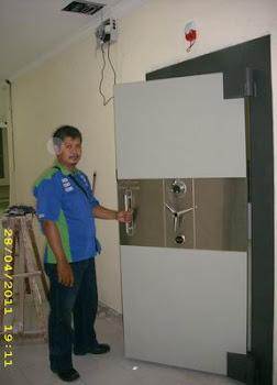pemasangan pintu kluis 70mm di Jakarta