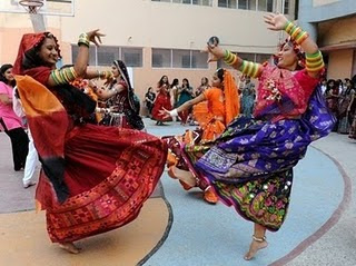 Navratri Garba in Traditional Dress