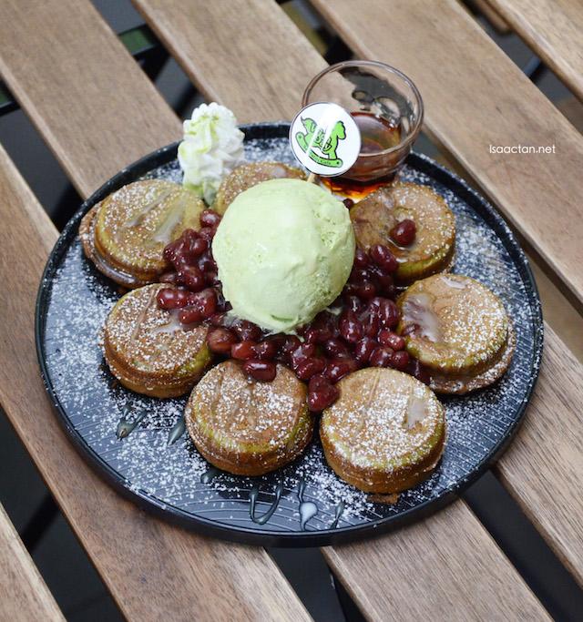 JR Greenie (Green tea pancake) - RM12.90