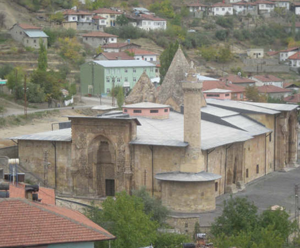 Dünyânın en önemli sanat şaheserlerinden; Sivas Divriği Ulu Camii