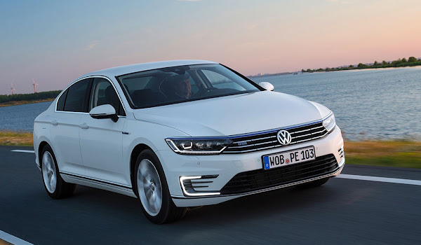 Sınıfının En Yenilikçi Arabası Volkswagen Passat 2015