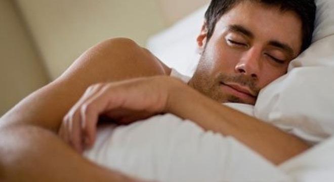 Bác Sĩ 2 Súng Những tư tế ngủ xấu khiến nam giới bị yếu sinh lý