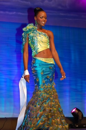 Miss Bahamas World 2012 Daronique Young