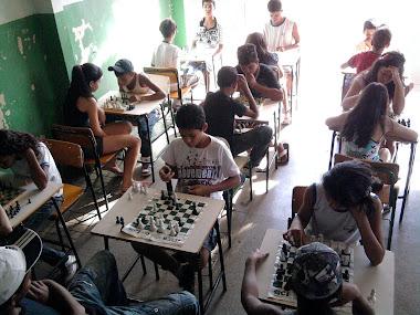 Aula com Jogos no Colegio Estadual