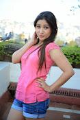 Prabhajeet Kaur Glamorous Photo shoot-thumbnail-55