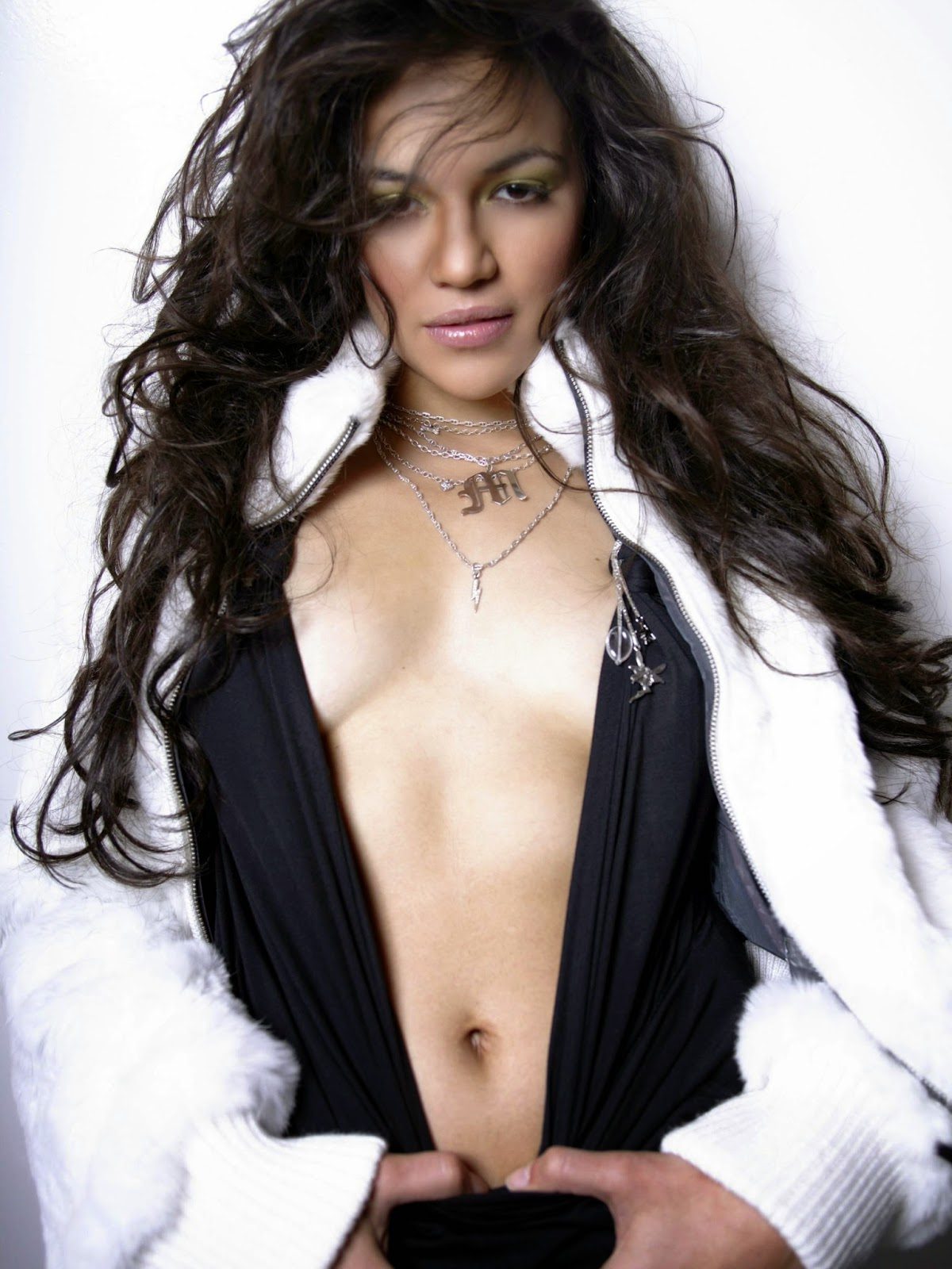 Michelle Rodriguez Nude Photos 49