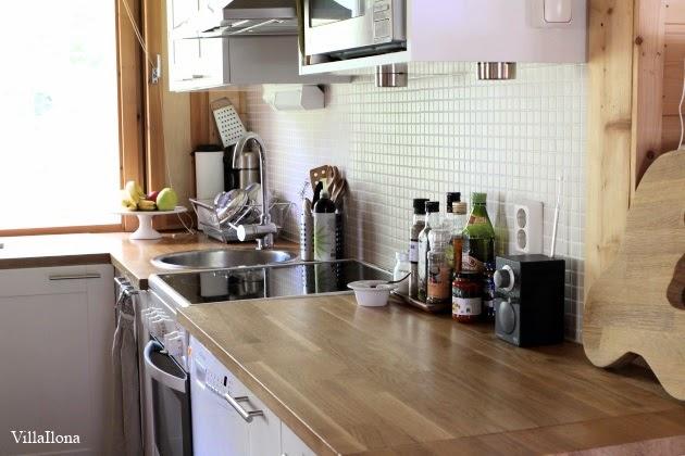 VILLA ILONA Mökin keittiö ennen ja jälkeen