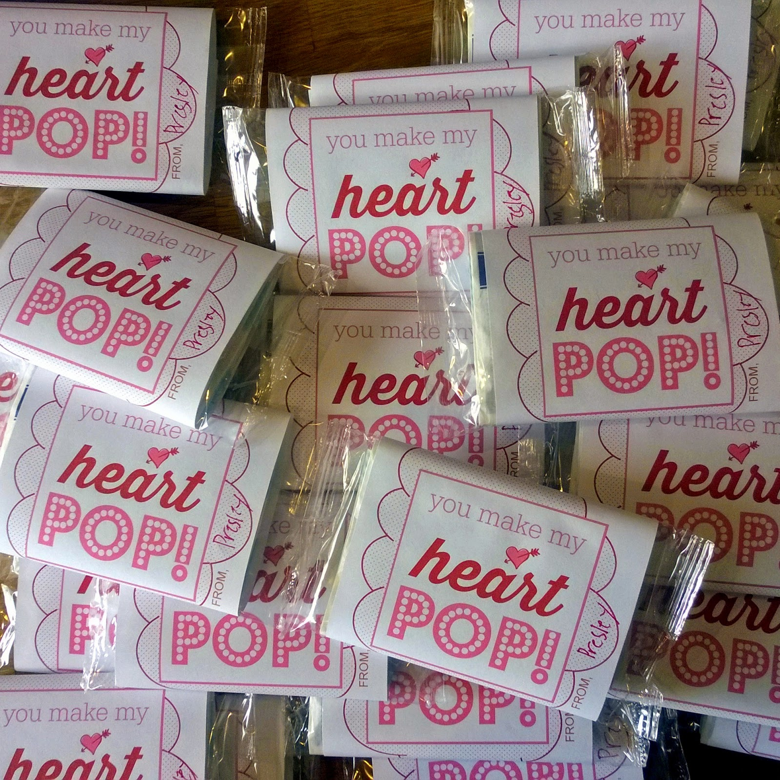 http://www.growinguphui.blogspot.com/2015/02/valentines-microwave-popcorn-treats.html
