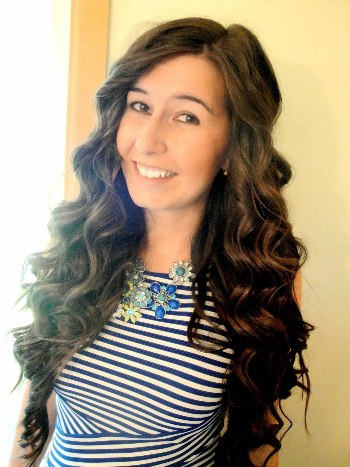hair tutorial, hair, how i do my hair, curly hair, wavy hair, curling iron, pretty hair, glamous curls, lots of curls, pretty curls, tutorial, cute,