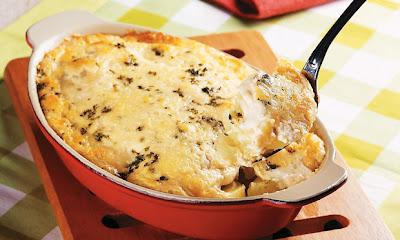 Batata ao forno com queijo parmesão