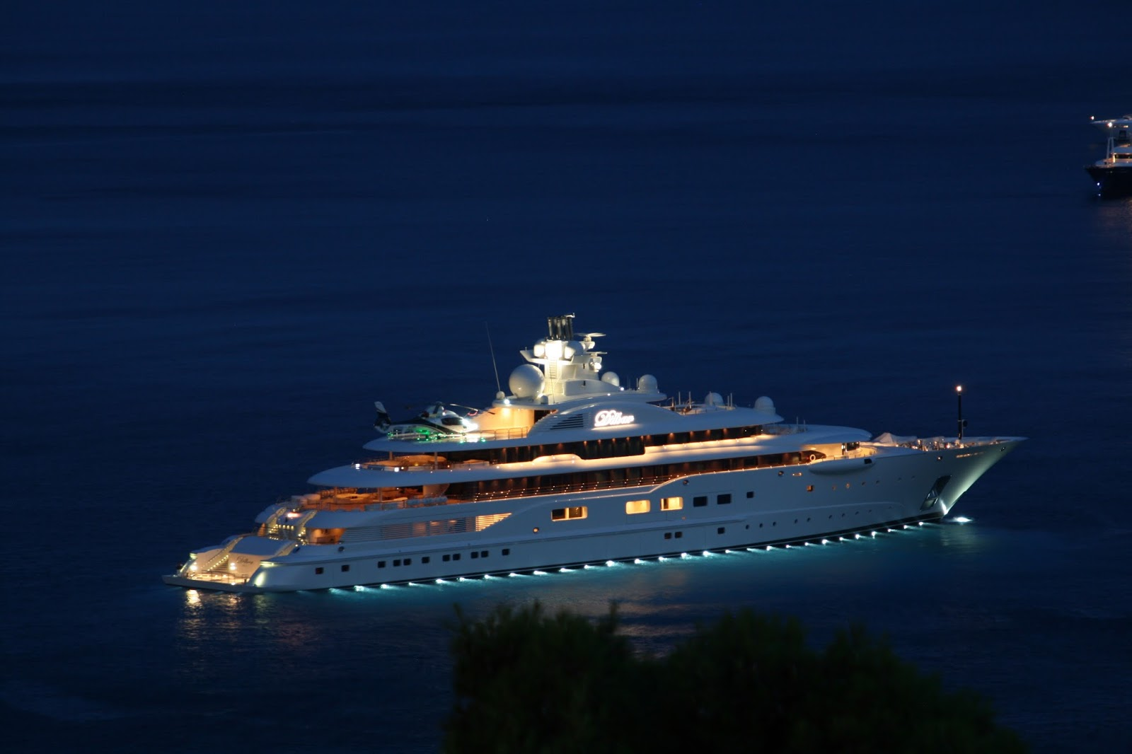Dilbar Superyacht Night