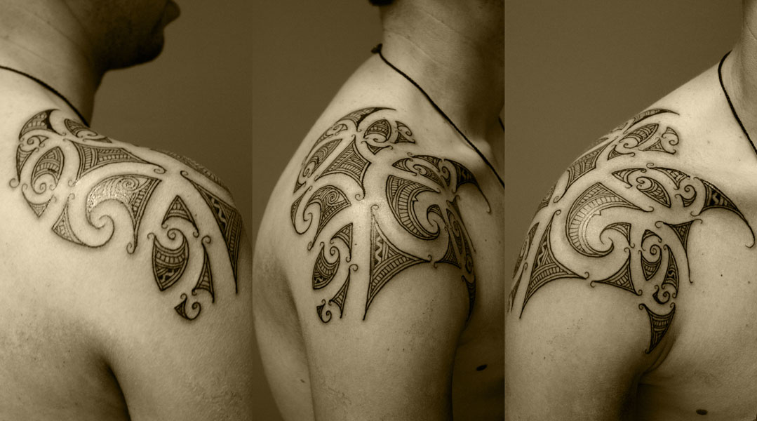 maori tattoo gallery. shoulder tattoo tribal.