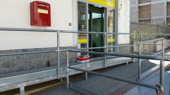 Ufficio Di Entrata : Ufficio con entrata indipend anche residenziale a rossano