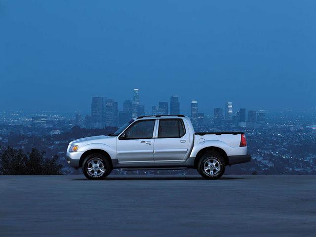 フォード・エクスプローラースポーツトラック | Ford Explorer Sport Trac