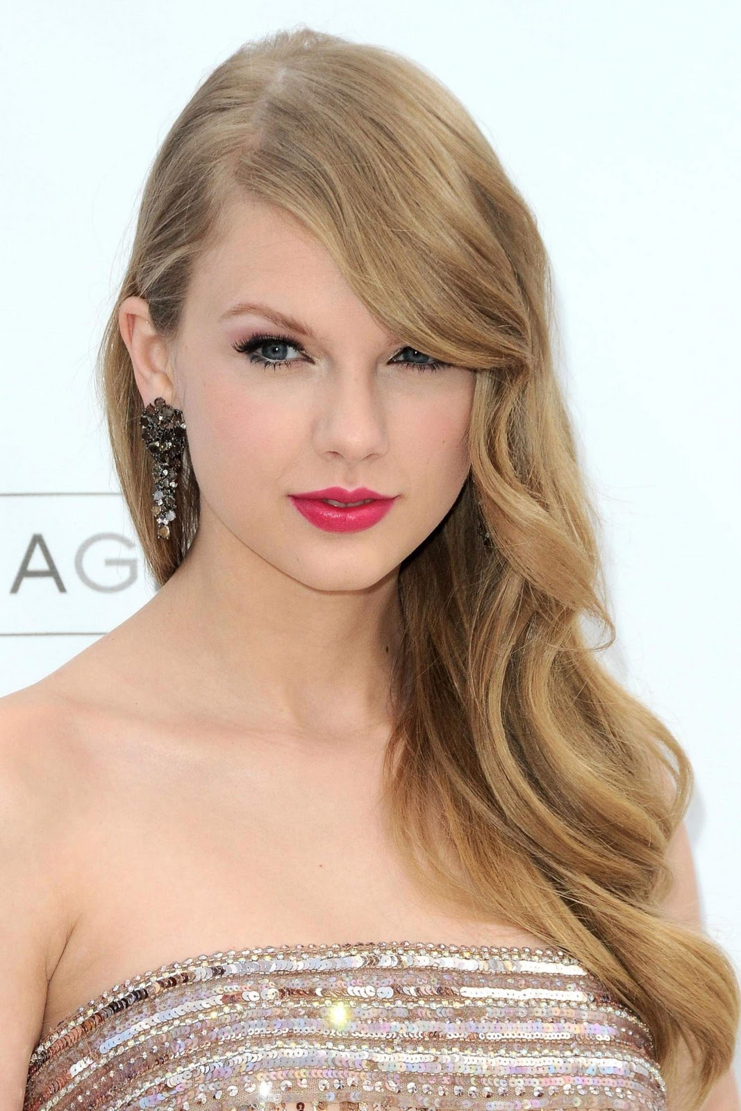http://2.bp.blogspot.com/-mAvhPrxXbG0/Tp-tmwaMGbI/AAAAAAAABRE/qVq8x0eiys0/s1600/Hot-Taylor-Swift-13.jpg