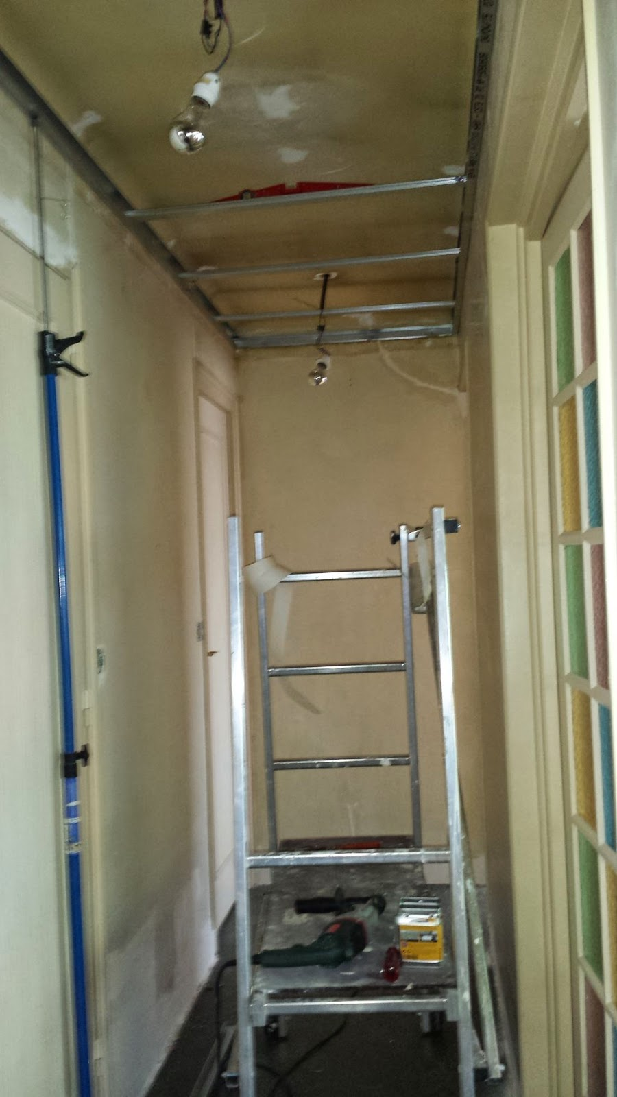 Couloir faux plafond partie 6 massy travaux bricolage for Faux plafond maison