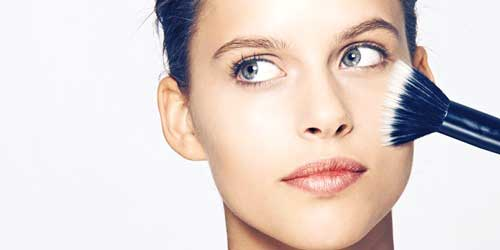 cubrir manchas base maquillaje