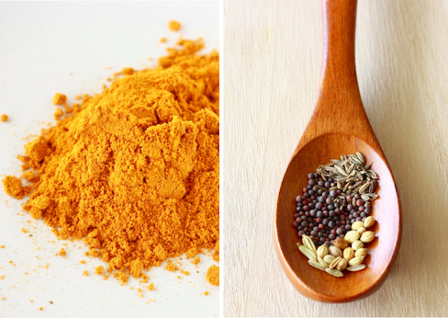 Malaysian curry powder and fresh spices