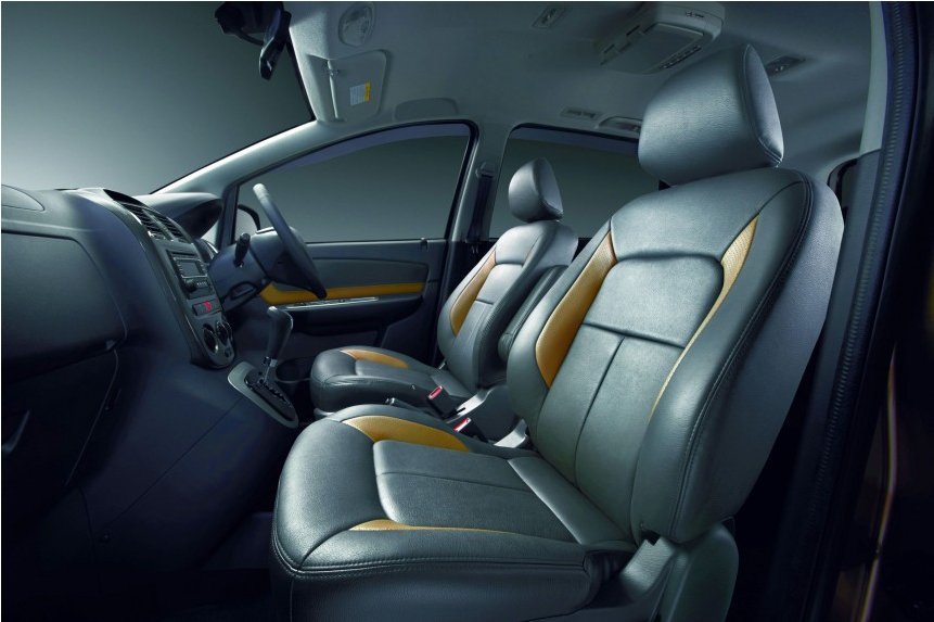 Proton Exora Bold Premium dan Proton Exora Prime Dilengkapi dengan leather seat