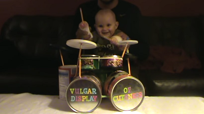 video viral bebe baterista