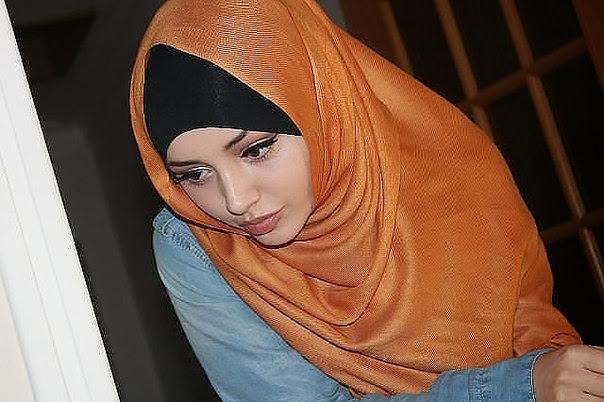 Дагестанские модные девушки в платке фото