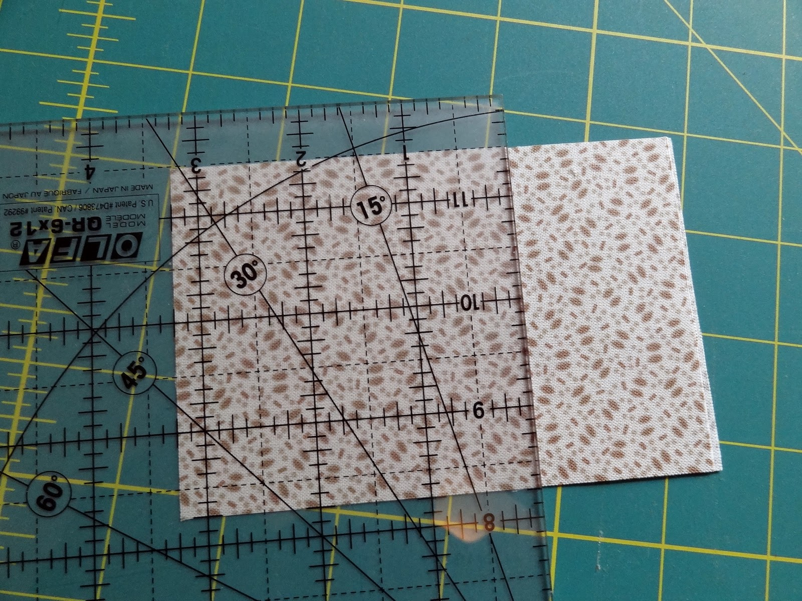 Squash House Quilts: New Ruler - Square in Square Tutorial