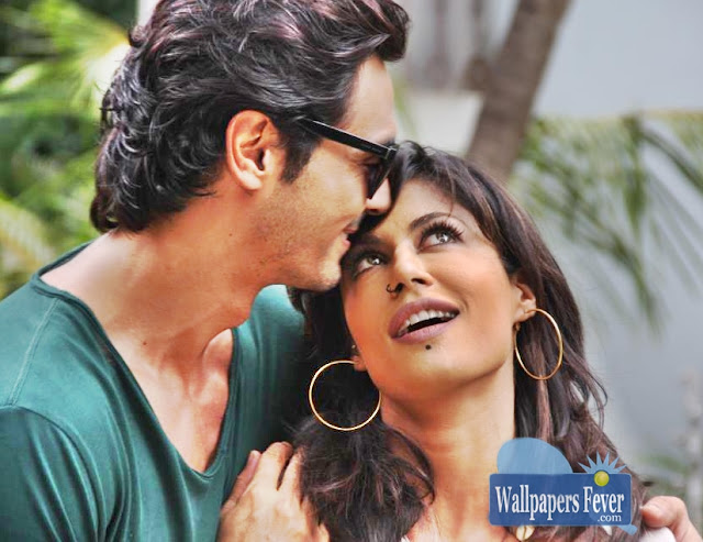 Arjun Rampal and Chitrangada Hot Wallpaper