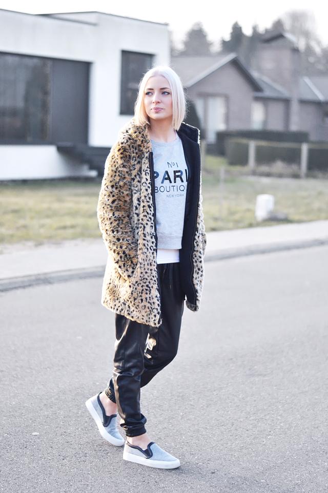 Wearing: Leopard, fur, coat, zara, paris sweatshirt, mango, vero moda, leather track pants, joggers, zara slip on, celine inspired, sneakers