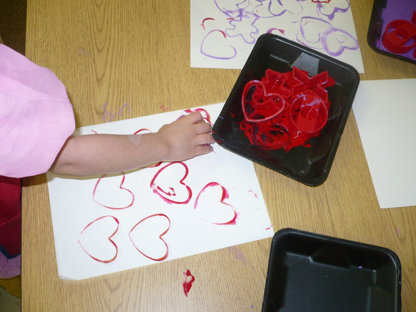 Valentine art preschool for Valentines crafts for kindergarten