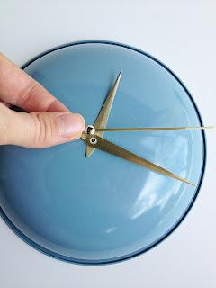 تركيب عقارب الساعة