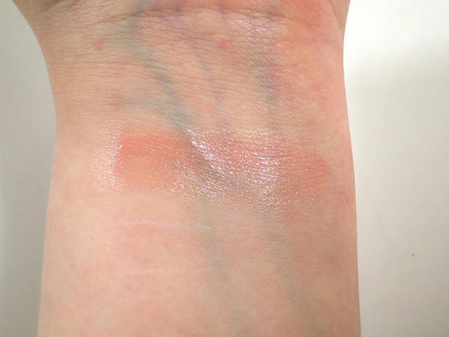 Chanel Melba 75 Rouge Coco Shine Swatch in indoor lighting