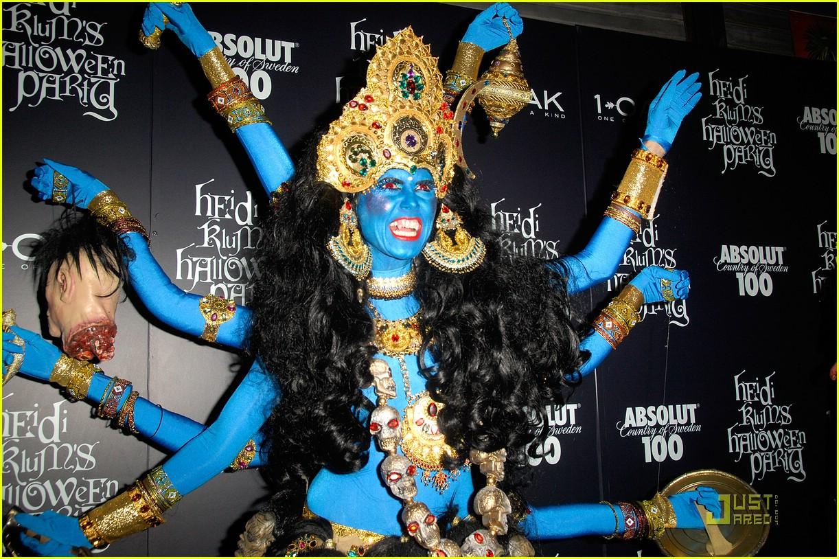http://2.bp.blogspot.com/-mCZwTUg2p0w/UIvfYUDB98I/AAAAAAAAAxw/ViL9qx_8VZY/s1600/heidi-klum-blue-indian-goddess-halloween-11.jpg