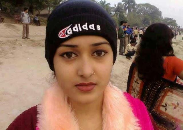 Hot Beautiful Desi Indian Girls Photos