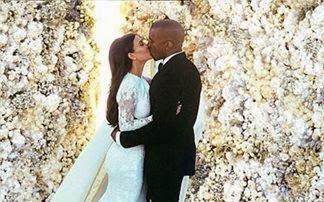 Το φιλί γάμου Kardashian - West «σάρωσε» στο Instagram!