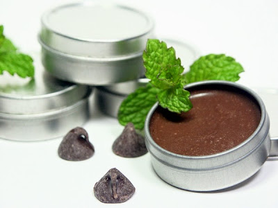 How to make a chocolate and Mint lip balm Sexy lips healthy lips Recipe in english