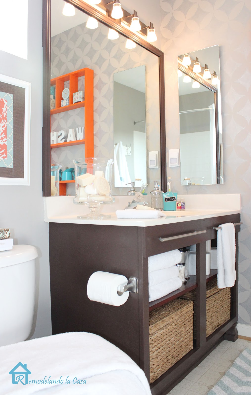 Bathrooms that are teal and brown good home design for Teal brown bathroom ideas