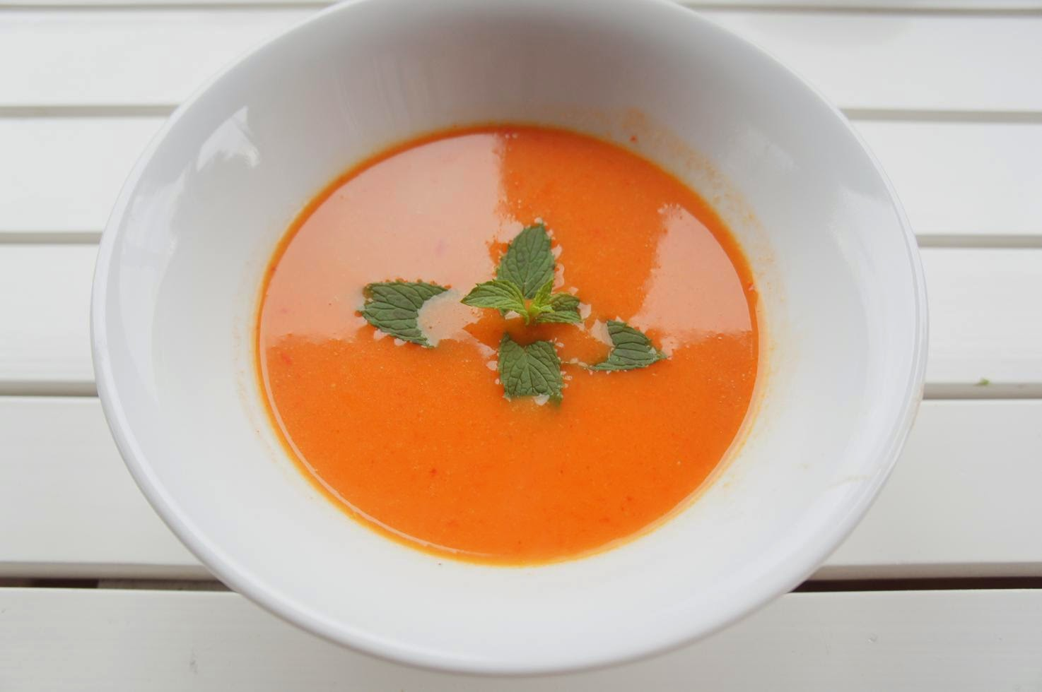 Kırmızı köz biber çorbası tarifi