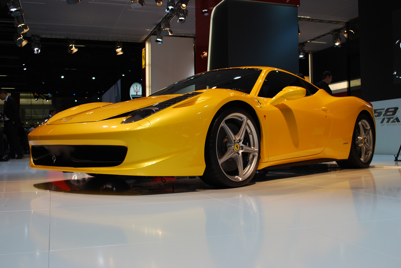 Sports Cars Ferrari 458 Italia Yellow Wallpapers 2012