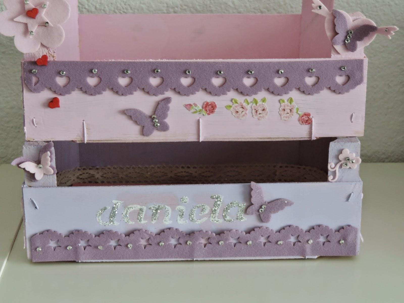 El taller de party handmade cajas de fresas renovadas lo que dan de si megusta reciclar - Manualidades cajas decoradas ...
