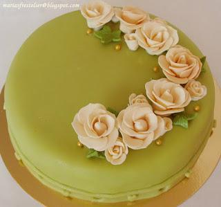 Grön bröllopstårta